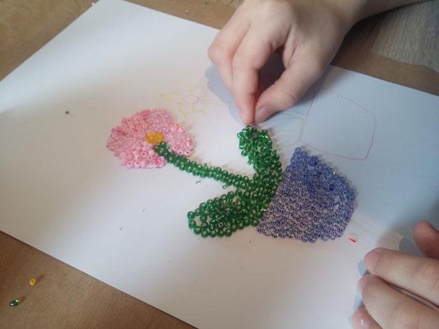 obraz-lepenim-koralku-rokajl